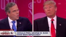 Link öffnet eine Lightbox. Video Heftiger Wortduell zwischen Trump und Bush abspielen