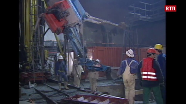 Laschar ir video «Dumping da paja dals miniers (2010)»