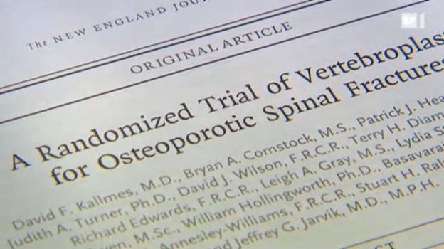 Video «Einsatz von Knochenzement ist nicht immer nötig» abspielen
