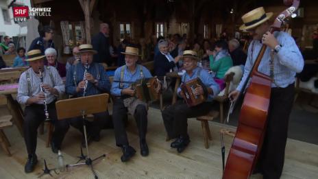 Video «Eidgenössisches Volksmusikfest in Aarau» abspielen