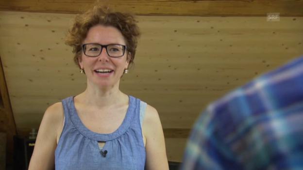 Video «Jodelkurs, Lektion 1: richtig atmen, richtig stehen» abspielen
