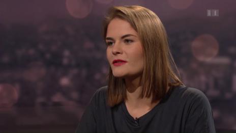 Link öffnet eine Lightbox. Video Hazel Brugger, Kabarettistin und Slam-Poetin abspielen