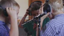 Video ««Bösi Buebe» – der ultimative Rap der Jungschwinger» abspielen