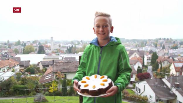 Video «4 Sprachen zum Dessert: Robins Aargauer Rüeblitorte» abspielen