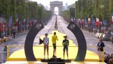 Link öffnet eine Lightbox. Video Froome bei der Siegerehrung: «Vive la France» abspielen