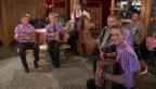 Video ««Ländlerkapelle Lasenberg» mit «30 Jahr Lasenberg»» abspielen
