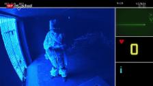Link öffnet eine Lightbox. Video Quarx: Zombies auf Zeitreise (7/26) abspielen