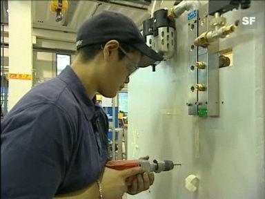 Video «Berufsbild: Polymechanikerin EFZ» abspielen