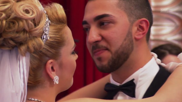 Video ««Albanisch-türkische Hochzeit» in 71 Sekunden» abspielen