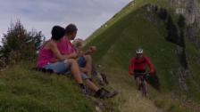 Link öffnet eine Lightbox. Video Stress auf Wanderwegen wegen Mountainbikern abspielen