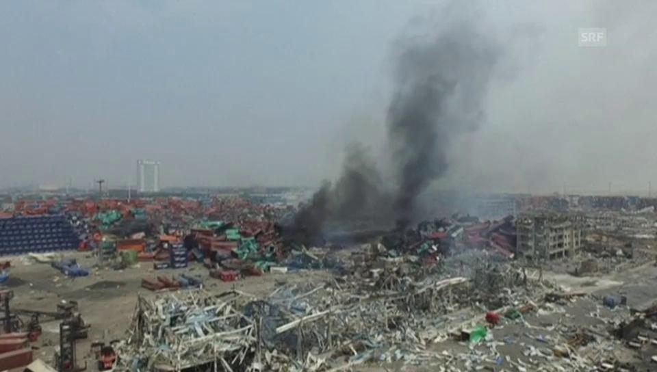 Tianjin: Drohnenflug über die Explosionsstelle (ohne Ton)