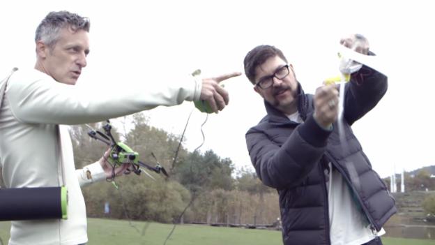 Video «SRF Gadgets, Folge 2 – «An der Leine»» abspielen