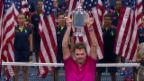 Video «US Open: Pokalübergabe an Stan Wawrinka» abspielen
