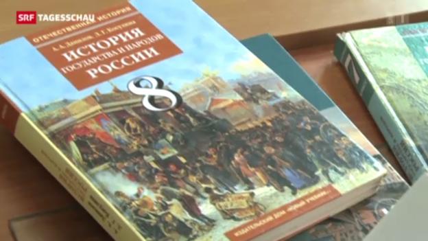 Video «Umstrittenes Geschichtsbild: Putins Schulbuch» abspielen