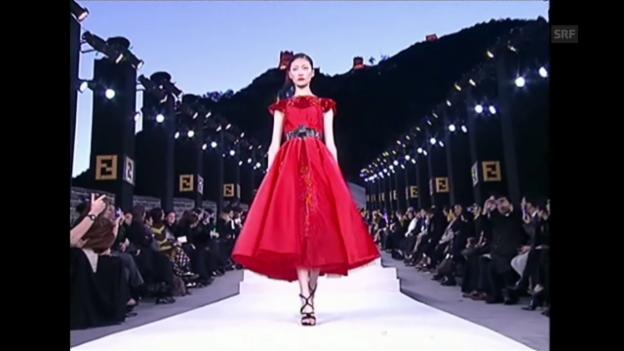 Video «Fendi-Modeschau auf der Chinesischen Mauer» abspielen