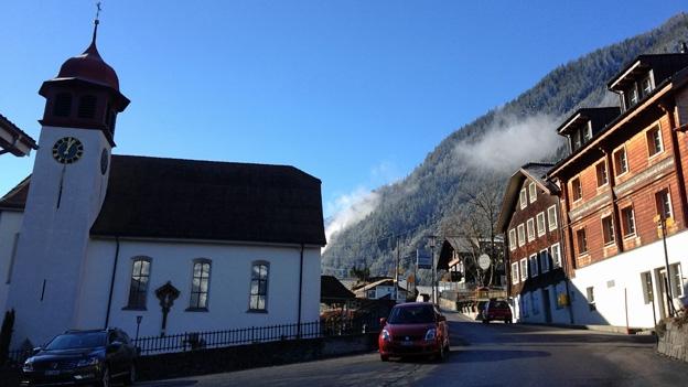 Das Chärben im Urner Dorf Gurtnellen. (22.1.2014)