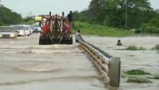 Video «Überschwemmungen bei Oaxaca (ohne Kommentar)» abspielen