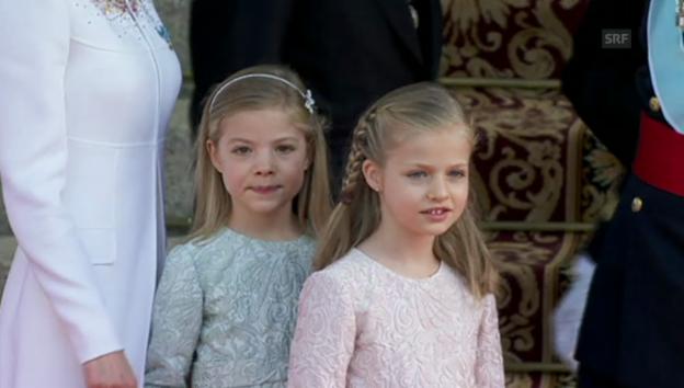 Video «Sofia und Leonor am Tag, an dem ihr Vater König wurde (unkommentiert)» abspielen