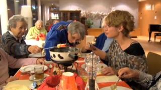 Video «Altersheim oder WG: Der Zimmertausch» abspielen
