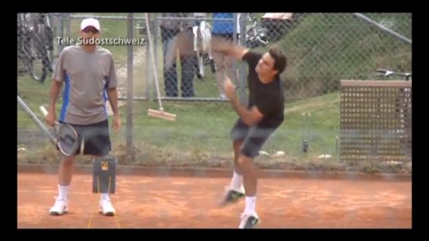 Video «Roger Federer trainiert in Felsberg» abspielen