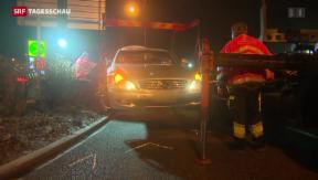 Video «Drei Verletzte nach Unfall - Fahrer flüchtig» abspielen