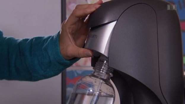 Video «Sprudelwasser Sodastream: Mehrere Flaschen geborsten» abspielen