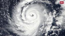 Link öffnet eine Lightbox. Video Iren erwarten schlimmsten Sturm seit 50 Jahren abspielen