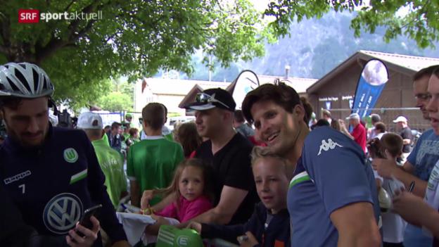 Video «Fussball: Klose mit Wolfsburg in Bad Ragaz» abspielen