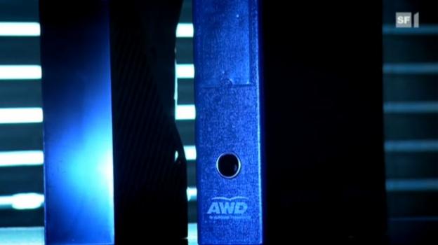 Video «AWD-Mitarbeiter packen aus» abspielen