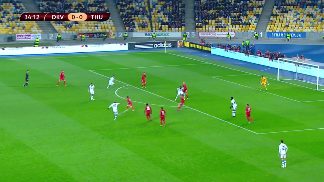 Fussball: Jarmolenkos Tor zum 1:0