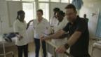 Video «Nik Hartmanns Besuch in Mosambik» abspielen