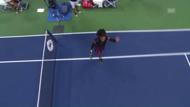 Video «Serena Williams marschiert in die 2. Runde» abspielen