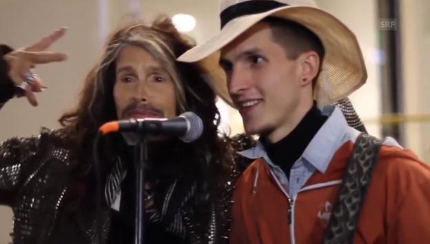 Video ««Aerosmith»-Sänger überrascht Strassenmusiker» abspielen