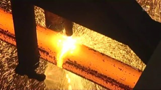 Video «Bauen und Wohnen: Stahl (4/8)» abspielen