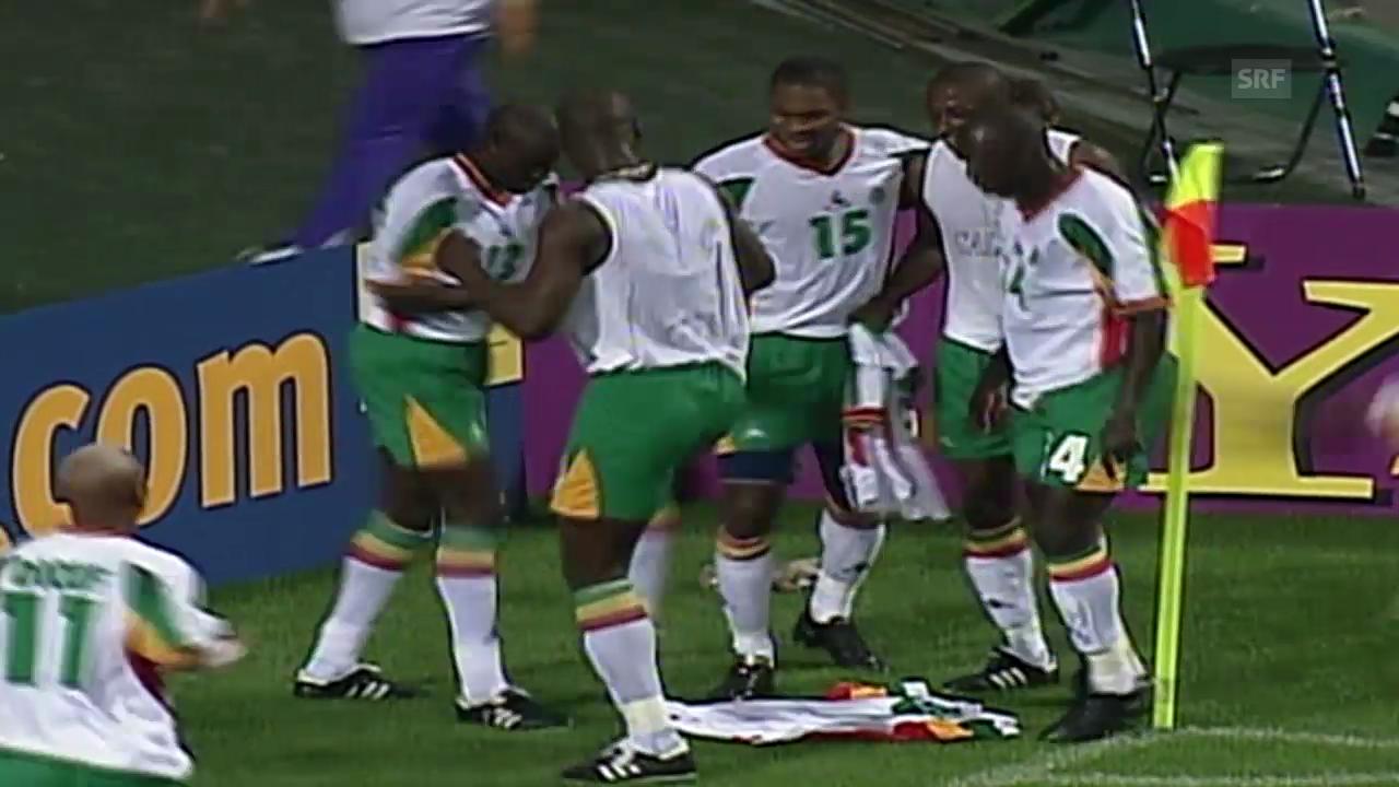 Fussball: WM-Rückblick 2002, Frankreich - Senegal