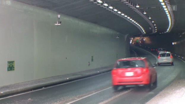 Video «LED bringt Licht in den Tunnel» abspielen