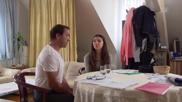 Video ««Lotterie» IV-Rente: Grosse Unterschiede je nach Gutachter» abspielen
