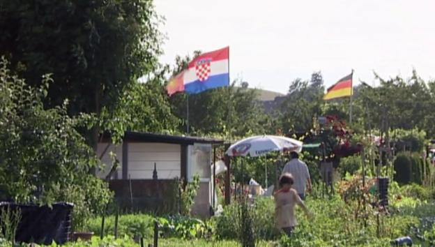Video «Unser Garten Eden - Geschichten aus dem Schrebergarten» abspielen