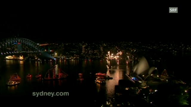 Sieben Tonnen Feuerwerk in Sydney (unkommentiert)