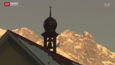 Video «Pfarrer von Bürglen will nicht demissionieren» abspielen