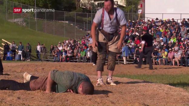 Video «Martin Grab verletzt sich in Schindellegi» abspielen