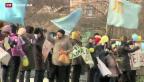 Video «Grossdemonstrationen in der Ukraine für und gegen Russland» abspielen