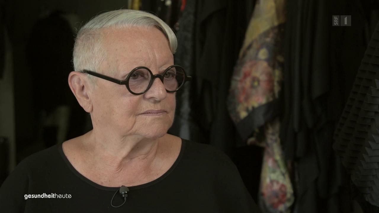 Christa de Carouge - Die Dame in Schwarz