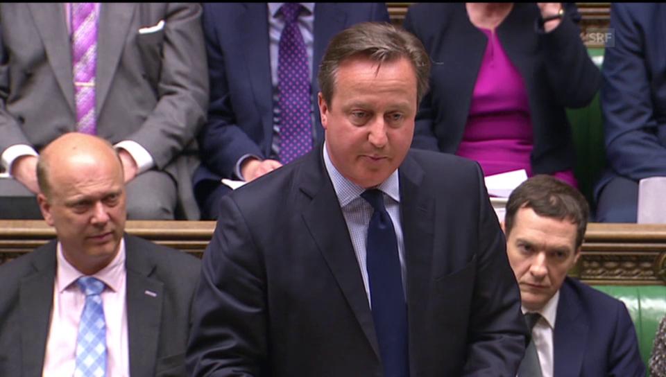 Cameron verteidigt seinen Vater (engl.)