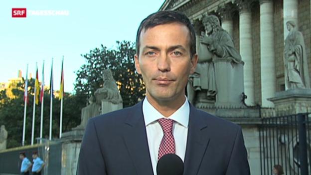 Video «SRF-Korrespondent Michael Gerber zur Debatte in Frankreich» abspielen