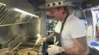 Video «Jetzt greift Sänger Baschi zum Kochlöffel» abspielen