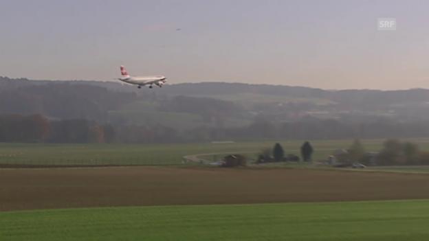 Video «Flugzeug-Pendler (Tagesschau am Mittag, 25.11.2015)» abspielen