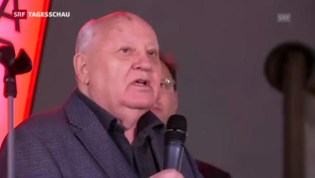 Video «Gorbatschow kritisiert den Westen» abspielen