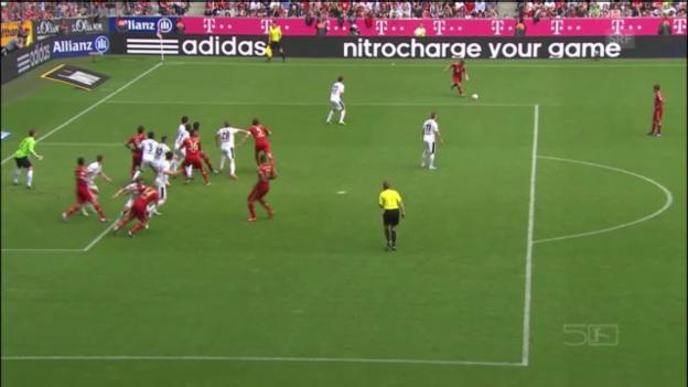 Video «Xherdan Shaqiris Freistoss gegen Freiburg» abspielen