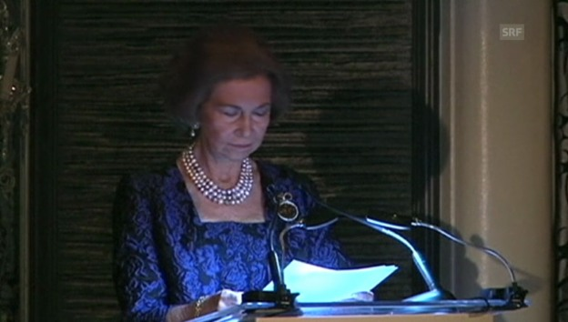 Video «Königin Sofia ehrt Antonio Banderas» abspielen
